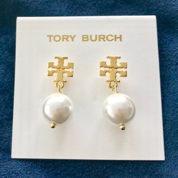 d93b94feb47a Tory Burch Evie Pearl Drop Earrings Gold Brand New